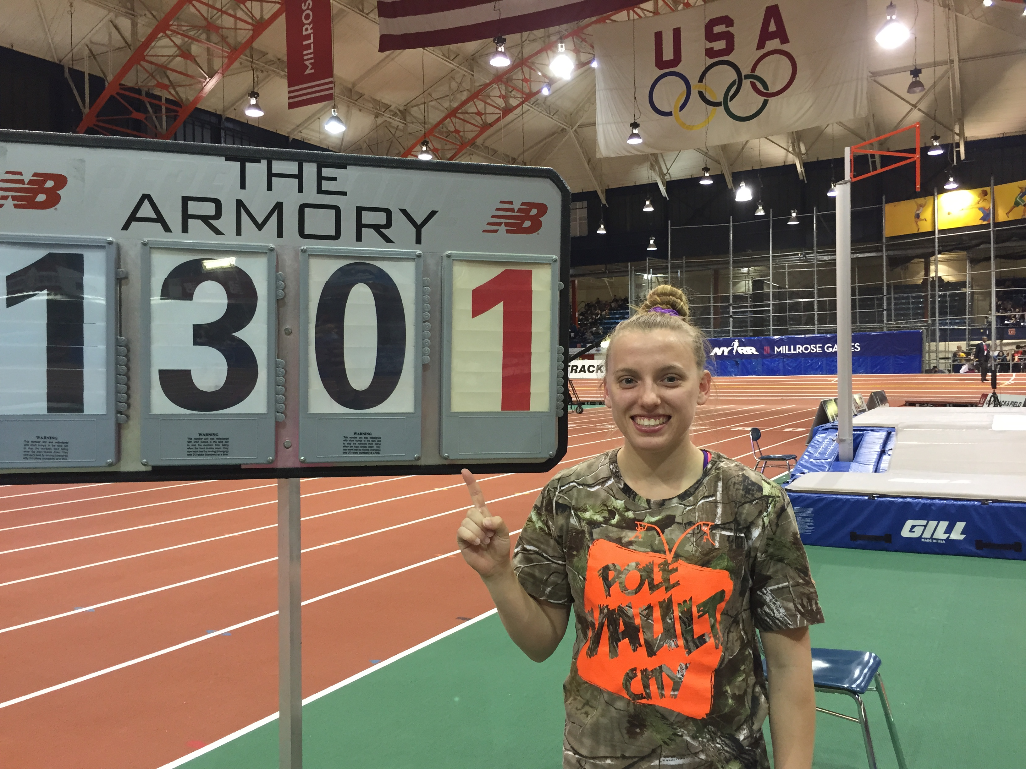 Nikki with her awesome sign showing Florida indoor record.